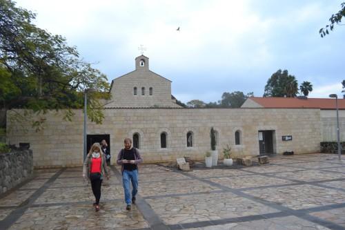 """Bereits am ersten """"ganzen Tag"""" hatten wir Kontakt zu einem Kloster, in Tabgha"""
